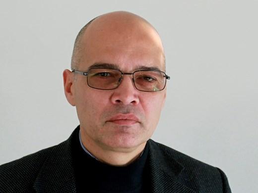 Тихомир Безлов: Агресивен служебен кабинет ще мобилизира вот за ГЕРБ
