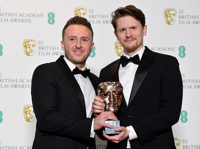 Алекс Локууд и Оливър Уолтън с награда за най-добър късометражен филм