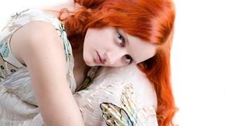 Да скрием несъвършенствата с подходящ цвят на косата
