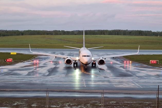 Русия разреши чартърни полети с туристи до България за лятото (Обзор)