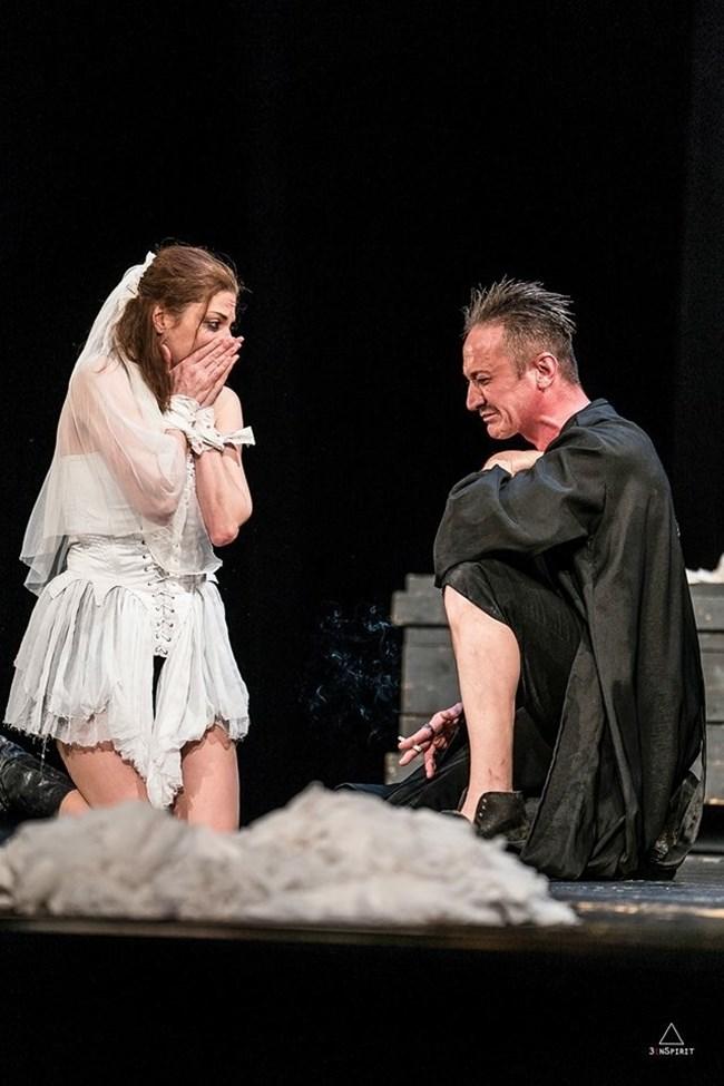 С Деян Донков на сцената на Народния театър