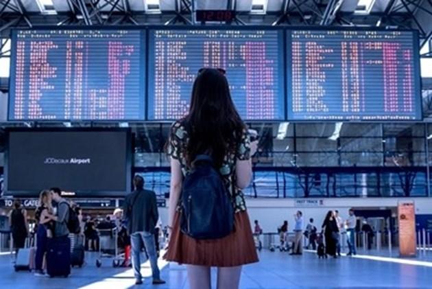 Падат ограниченията за полетите в Италия