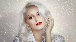 Кои храни предпазват косата от побеляване