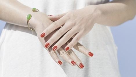 Грижа за ноктите и кожичките през студените месеци