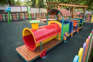 Инициативите на дружеството за местните общности са ежедневие. Едно от последните дарения е площадка за детската градина във Ветово.