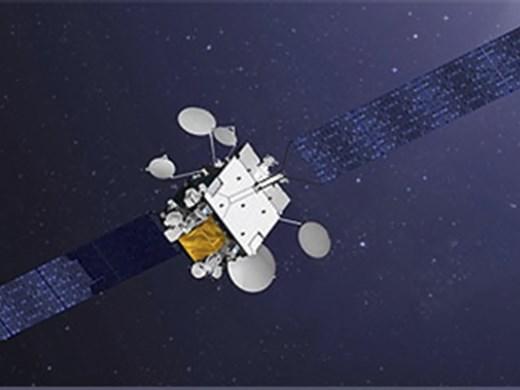 """Франция изстреля 2 сателита, единият - военно """"технологично бижу"""""""