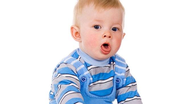 Защо бебето кашля?