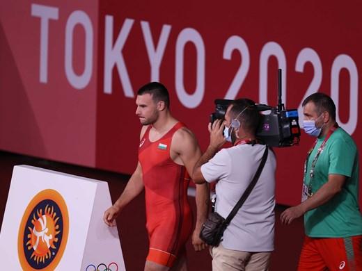 Трима български борци със загуби в Токио, за един има шанс за репешаж