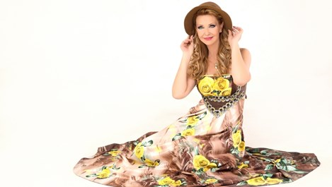 Росица Кирилова: Трябваше да пея, когато баща ми почина