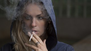 Никакъв компромис за тийна по въпроса с цигарите!