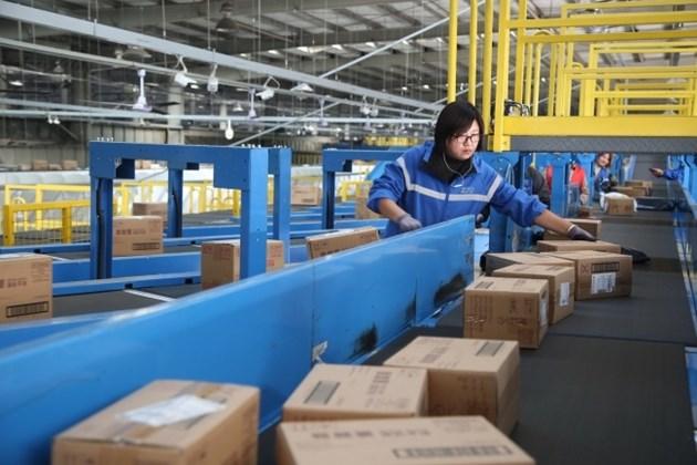 Продължава бързият растеж на пощенските услуги