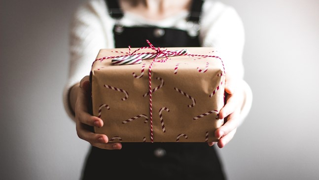 Подаръци с душа за малки и големи