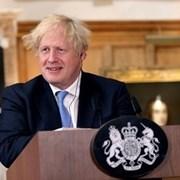 Великобритания издава до 10 500 временни работни визи