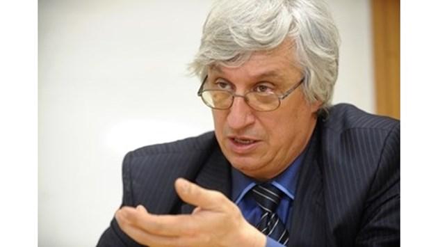 Иван Нейков: Новите пенсии може да вдигнат данъци