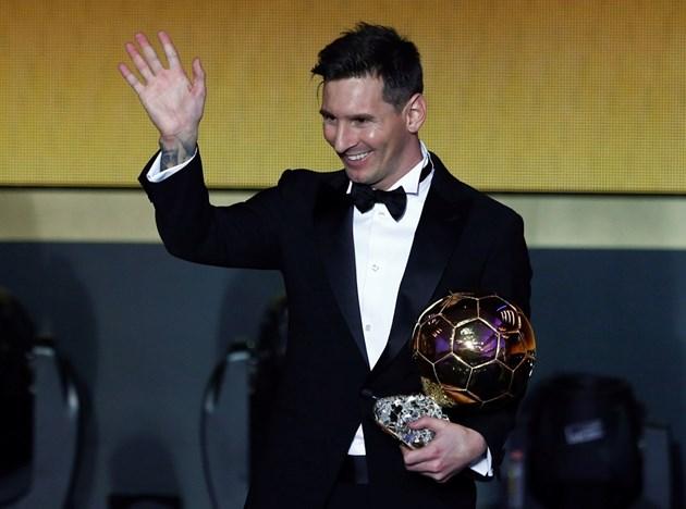 """""""Златната топка"""" обича Испания"""