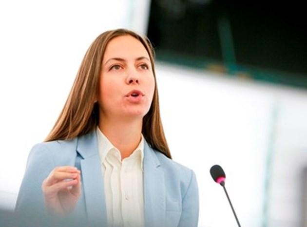 Ева Майдел: В България ще пестим 60-70 млн. евро на година от по-ниските такси за банкови преводи в евро