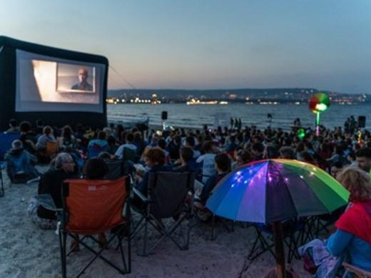 Кино и джаз под звездите от утре във Варна