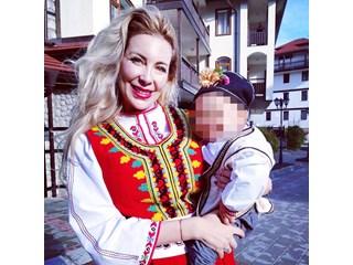 Благовест на Антония Петрова с първи рожден ден