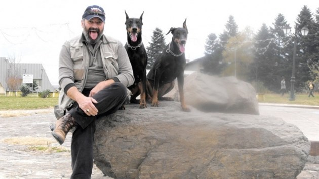 Зоопсихологът и дресьор Александър Георгиев: Нападне ли ви куче,прикрийте си гърба