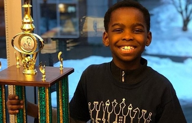 Снимка: gofundme.com На благотворителния сайт е стартирала кампания за събиране на средства за момчето.