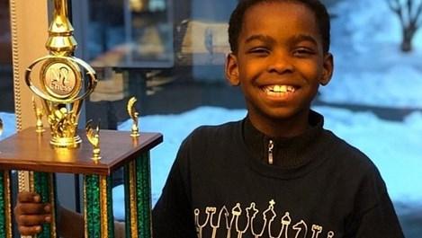 8-годишно бездомно момче стана шампион по шахмат в САЩ