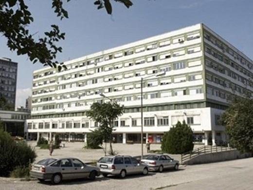 Пациенти налитат на медици в Бургас, искат постоянна полиция пред Спешното