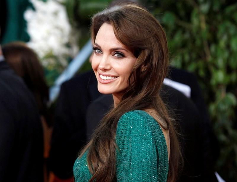 След като и? откриха генетична предразположеност към рак на гърдата, Анджелина Джоли си направи двойна мастектомия и се посвети на борбата с тази болест.  СНИМКИ: РОЙТЕРС