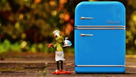 Как да изгоним лошата миризма от хладилника