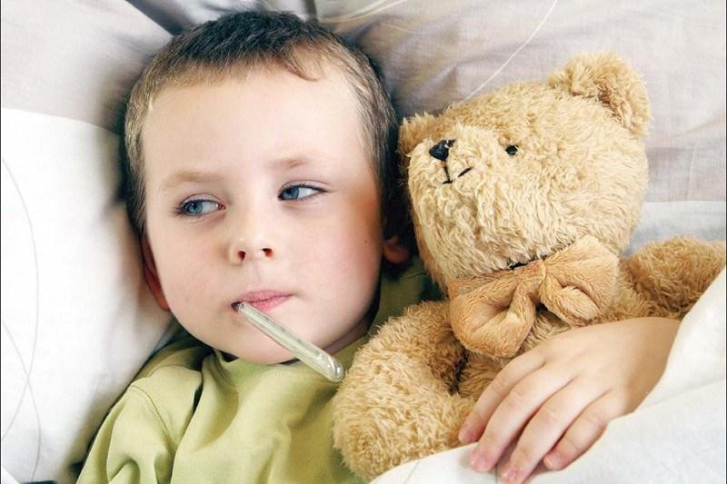 Доказано е, че децата, които са оставяни с приемливо висока температура, оздравяват по-бързо от тези, на които веднага са давани лекарства за понижаване.