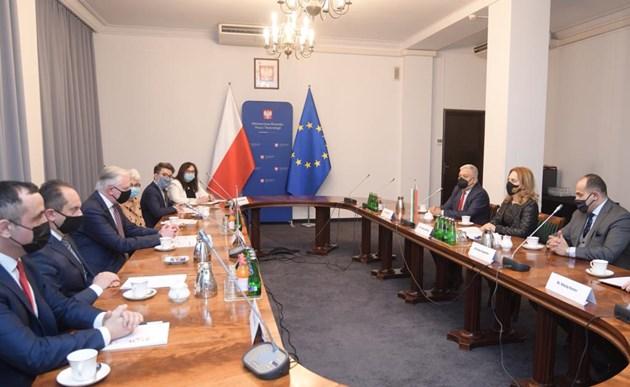Николова: Полският бизнес може да се възползва от предимствата на България