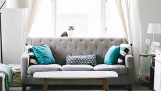 Преобразете мебелите с чай, оцет и боя