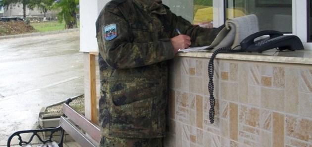 Атанас Секулов ще помни 13 октомври - стана баща и спаси живота на младеж, като ухапа палеца на крака му