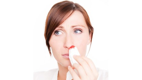 Какво да правим при кръвоизлив от носа