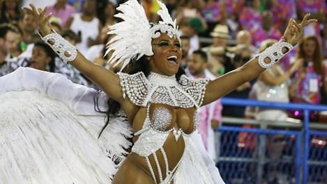 Приключи карнавалът в Рио де Жанейро (галерия)