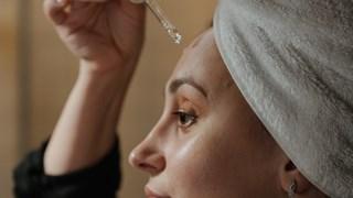 Новата звезда в грижата за кожата се казва EGF