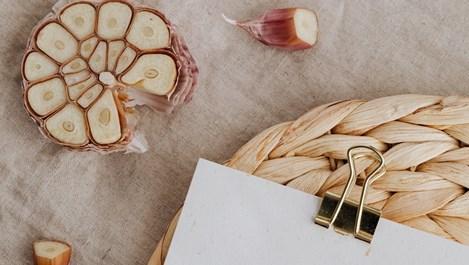 Ферментирала чеснова паста - здравословно и уникално вкусно