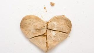 Начините, по които зодиите се справят с разбитото сърце