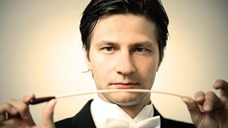 Диригентът Максим Ешкенази: Жена трябва да дирижира света