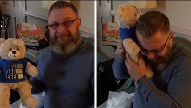 Баща чува последното биене на сърцето на детето си, скрито в подарък - плюшено мече