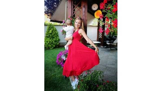 Николета Маданска щастлива с бебето