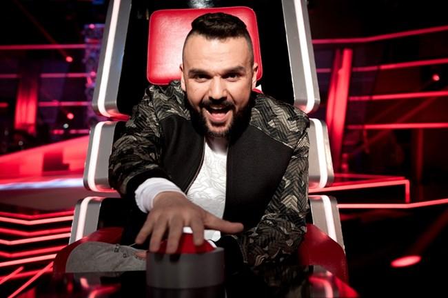 """В момента певецът е в журито в """"Гласът на България"""" по Би Ти Ви."""