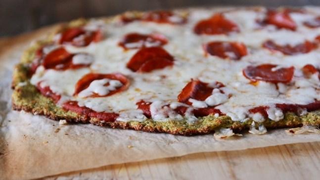Пица от тиквички и моцарела