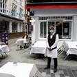 Ресторантите в Румъния може да отворят отново от 9 юли