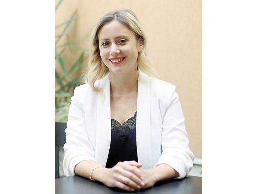 Дара, дъщерята на тв шефа Павел Станчев: Върнах се от Лондон заради ковид, но оставам, тук е по-човешко
