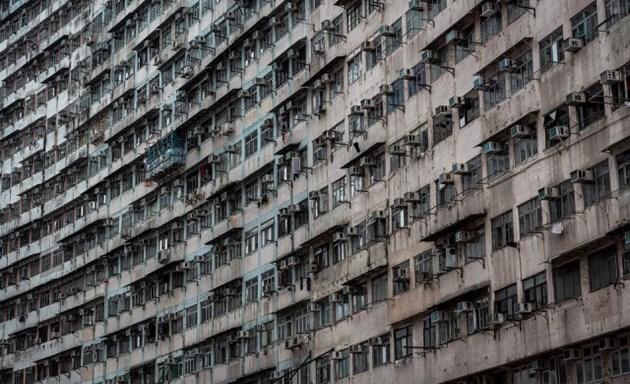 В Хонконг раздават апартамент, коли и злато на ваксинираните