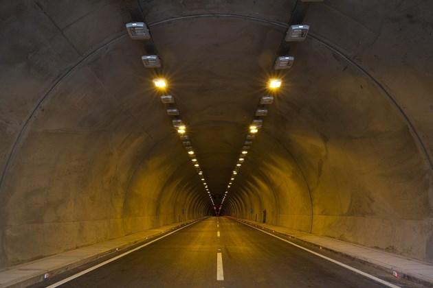 АПИ стартира обществена поръчка за надзор при строежа на тунела под Шипка