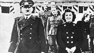 Непубликувани голи снимки на любимата на Хитлер