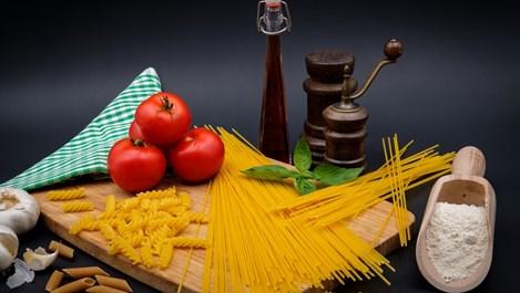 Няколко готварски трика, които ще ни направят професионалист в кухнята за нула време