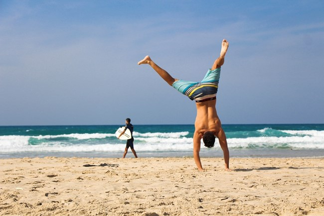 Почивката далече далече от офиса, съчетана с умерени физически упражнения е чудесна рецепта за дълъг живот.
