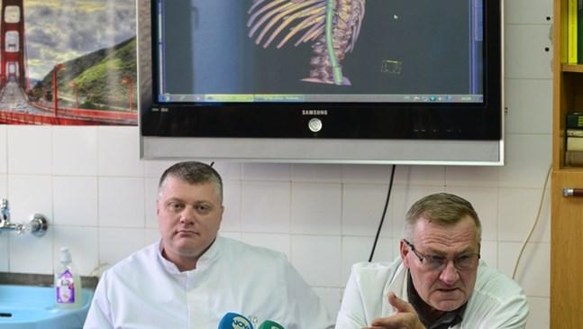 "В ""Пирогов"" спасиха 2 деца по US метод с растящи импланти"